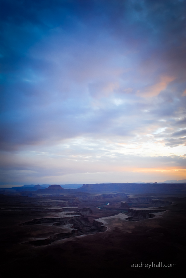 An overview of the White Rim at sunset.